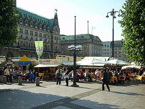 Stuttgarter Weindorf in Hamburg